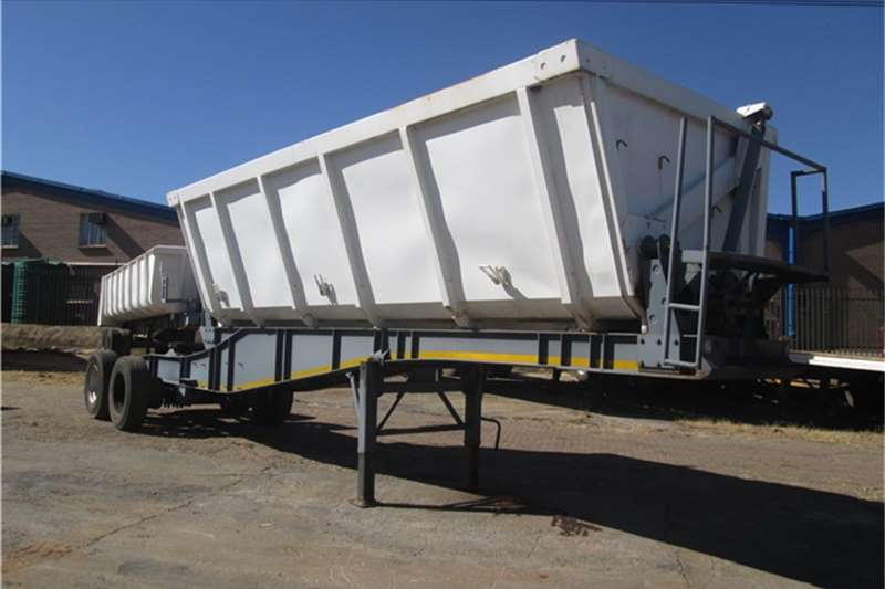 Paramount Trailers 18cubic Side Tipper 2012