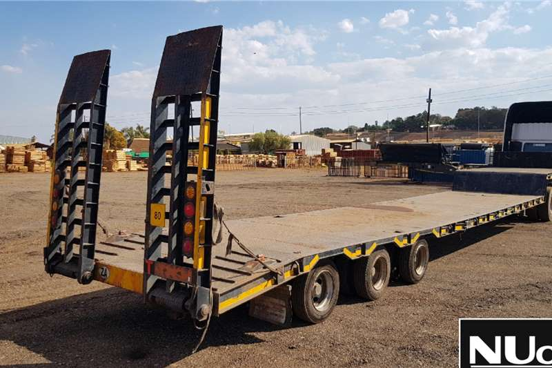 Paramount PARAMOUNT TRI AXLE STEPDECK LOWBED WITH RAMPS Trailers