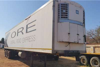 Paramount TRI AXLE REFRIGERATED Trailers