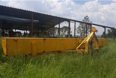 10 Row Soilmaster Fine Seed Planter Planting and seeding equipment