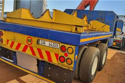 Poole D/AXLE FLAT DECK TRAILER WITH CRANE Trailers