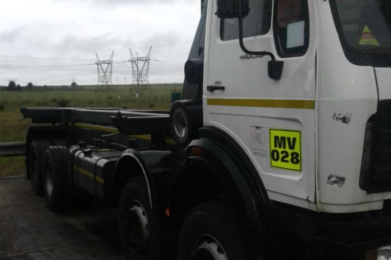 Powerstar Tipper trucks 4035 8x4 2012