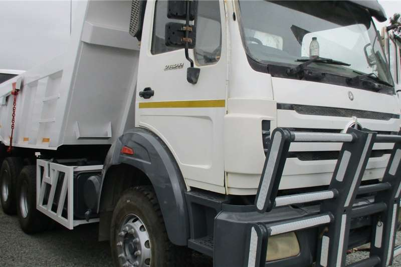 Powerstar 26 28 Tipper 10m Truck