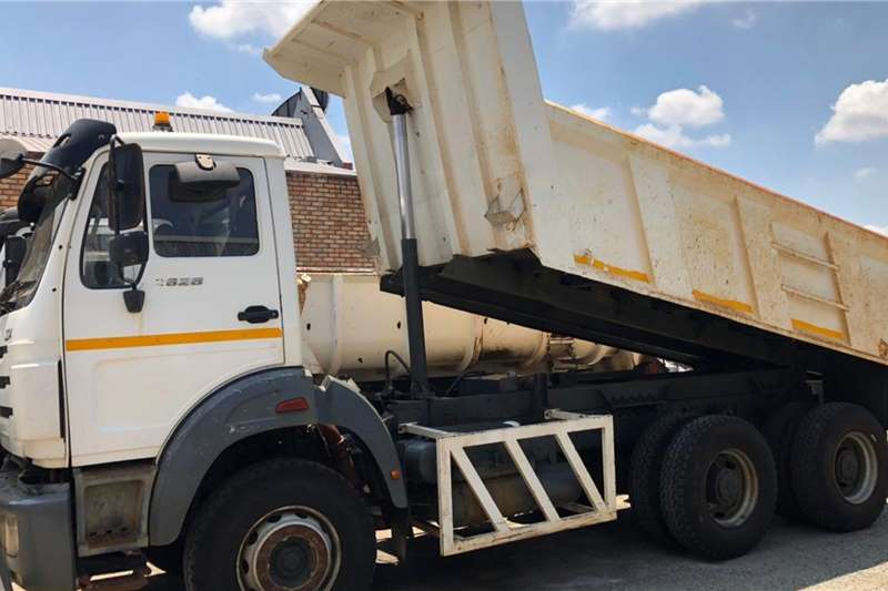 Powerstar Truck 26 28 Tipper 10m 2012