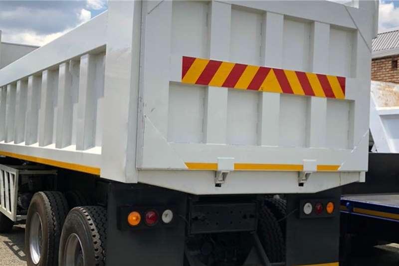 Powerstar 40 35 Tipper 18 Cube Truck