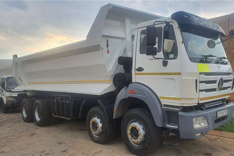 Powerstar Truck Tipper POWERSTAR TWINSTEER TIPPER 2015