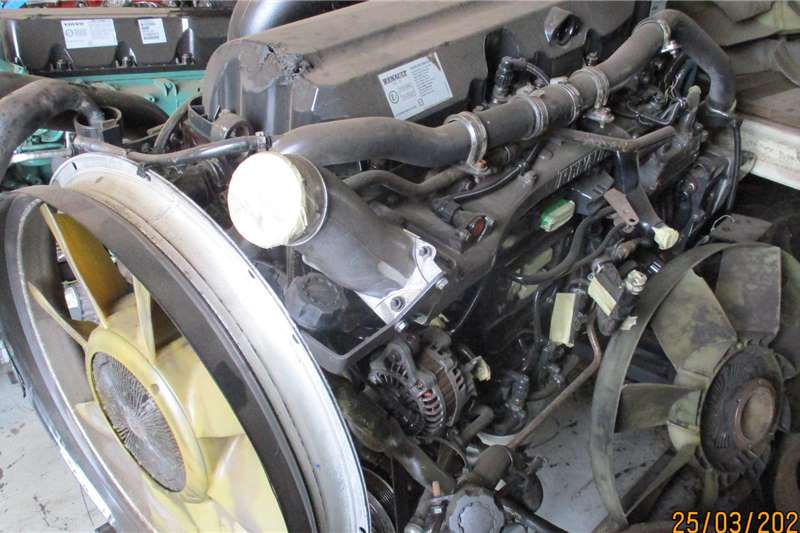 Renault Engines DXI 11 ENGINE Truck spares and parts
