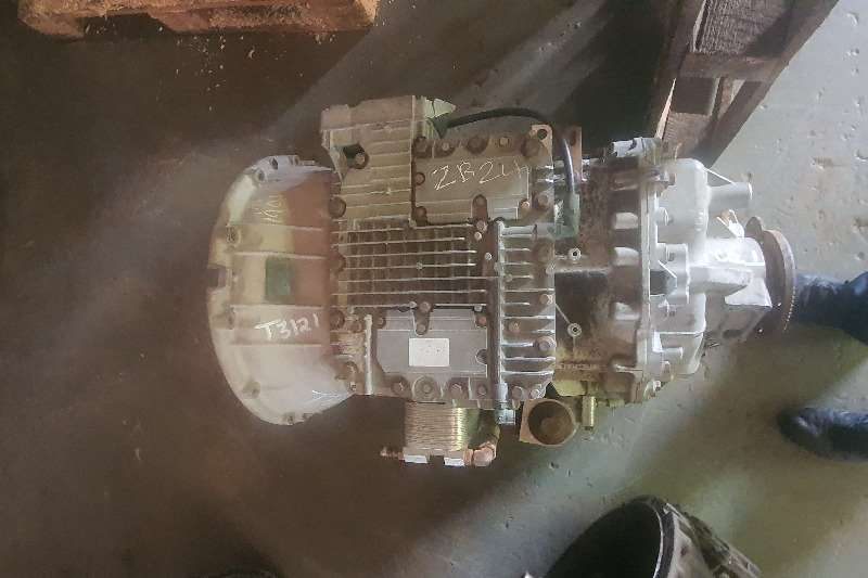 Renault Gearboxes I shift non it Truck spares and parts