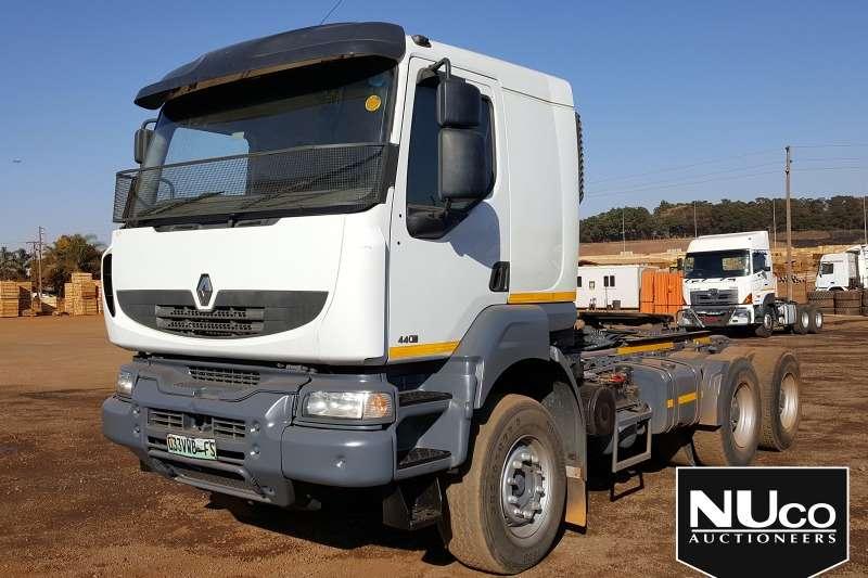 Renault Truck-Tractor RENAULT KERAX 440DXI 6X4 HORSE 2013
