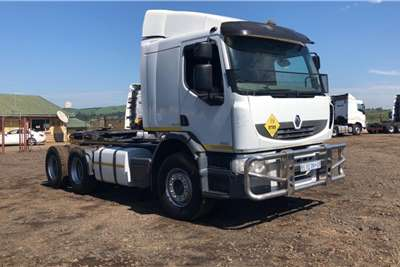 Renault Double axle 2011 Renault 380 DXi Immaculate Truck tractors