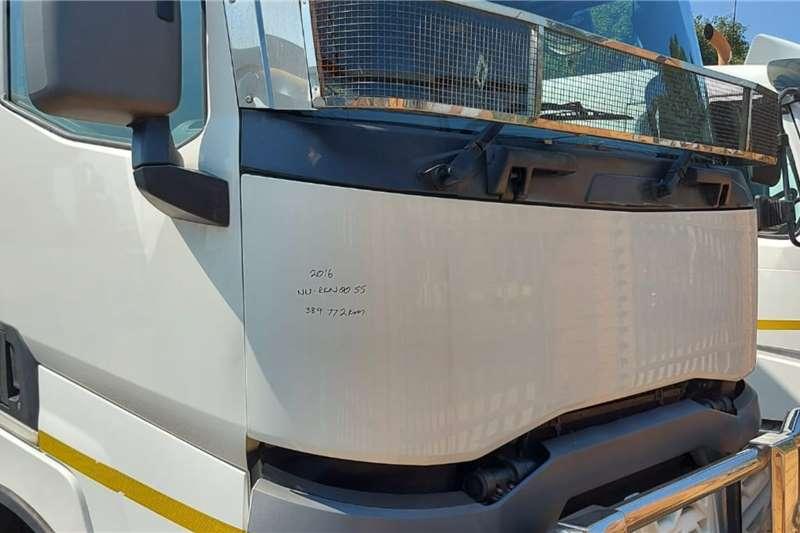 Renault Double axle C440 Truck tractors