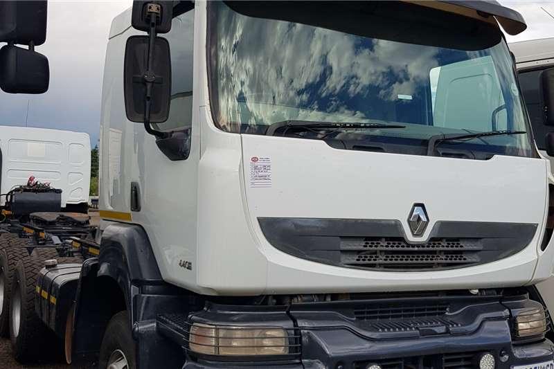 Renault Double axle Kerax 440 Dxi Volvo Drivetrain, Retarder Truck tractors