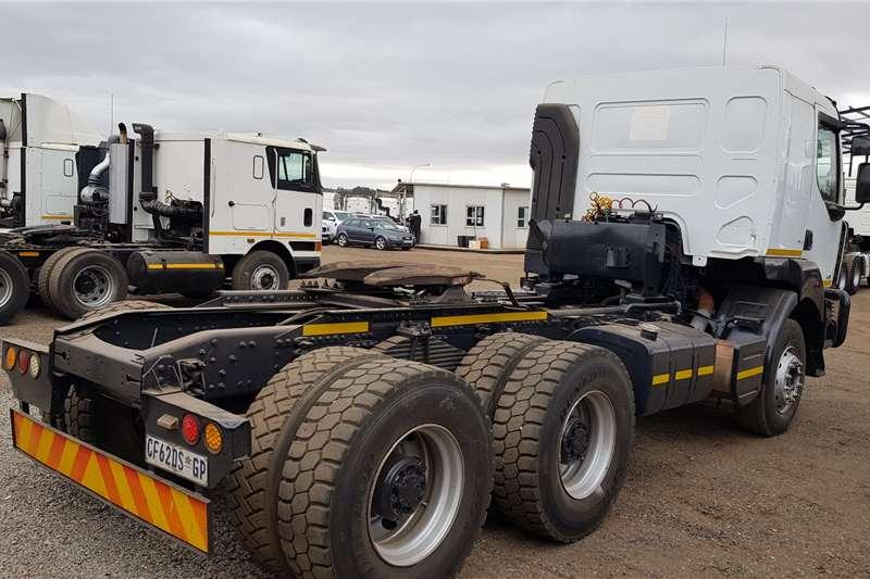 Renault Double axle Kerax 440Dxi Volvo Drivetrain Truck tractors