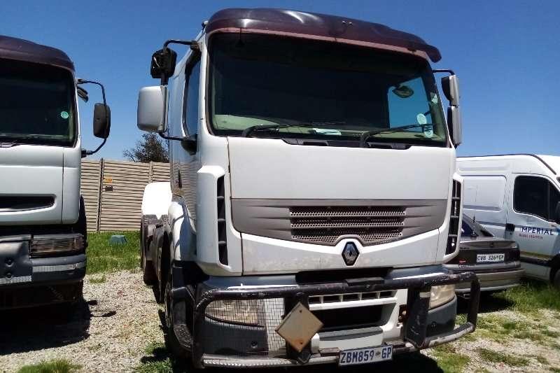 Renault Truck Tractors Double Axle Renault Premium Lander 440 2010