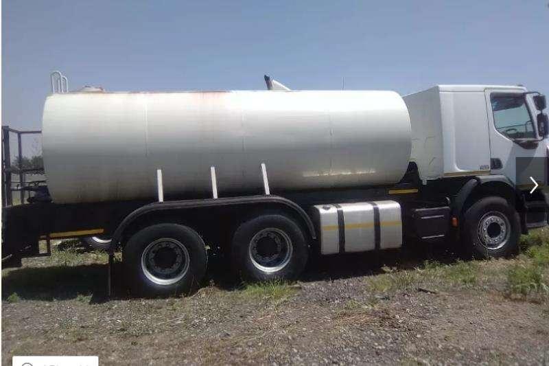 Renault Truck Water tanker 2010 RENAULT 380 WATER TANKER 2010