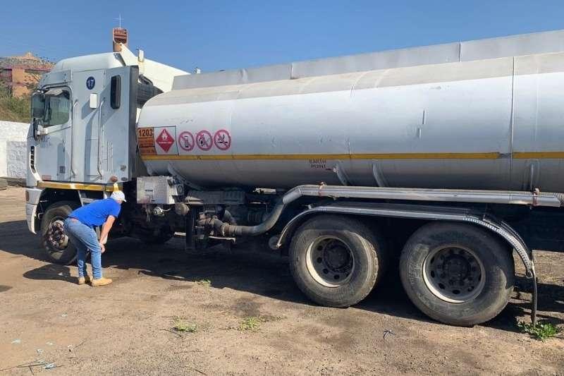 Rosbys Trailers Alluminium tanker 31500L Double Axle Fuel Tanker