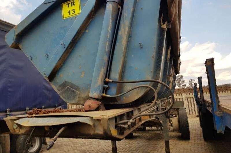 2005 SA Truck Bodies  REAR TRAILER