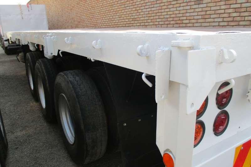 SA Truck Bodies Trailers 13m Tri Axle semi 1993