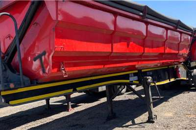 SA Truck Bodies 2014 Side Tipper Link Trailers