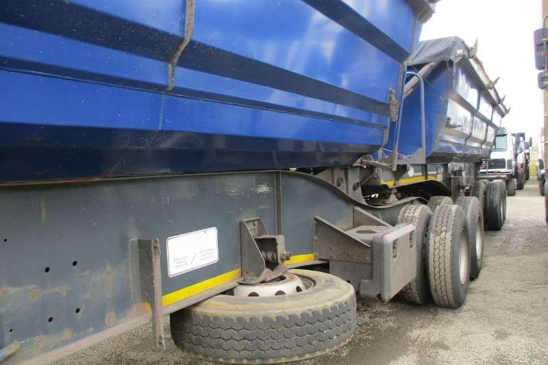SA Truck Bodies Trailers 40m side tipper Combo's 2013
