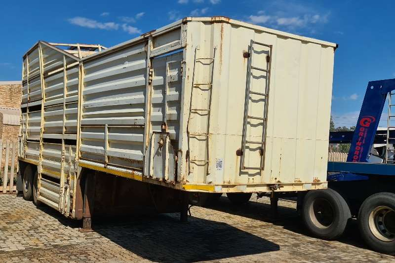 SA Truck Bodies Cattle body CATTLE TRAILER Trailers