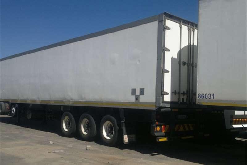 SA Truck Bodies Trailers Insulated fridge unit FRIDGE CLOSED BODY . 2007