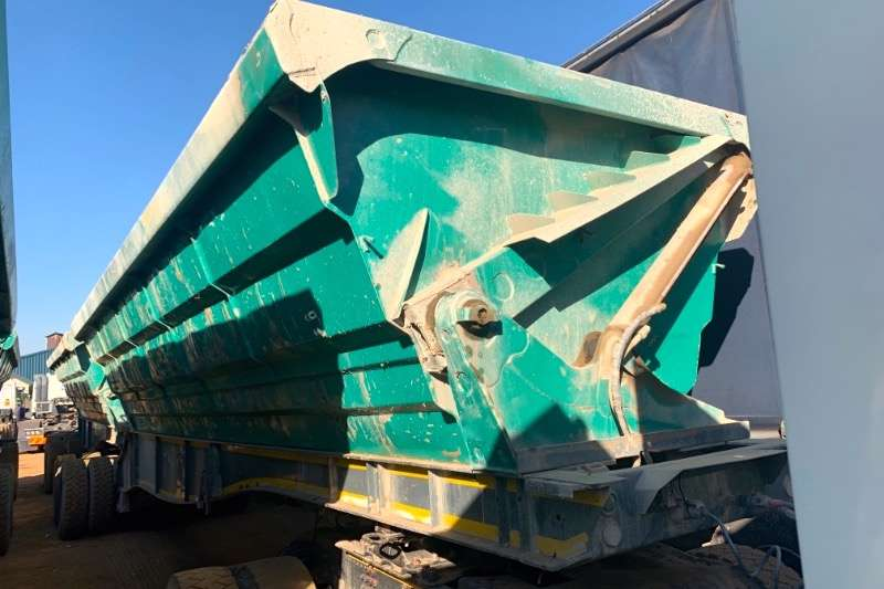 SA Truck Bodies Trailers Interlink SIDE TIPPER 2016