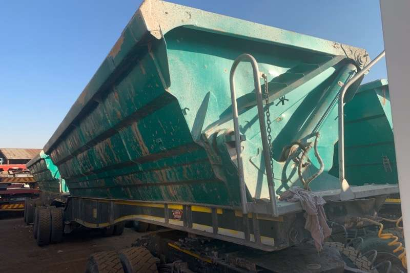 SA Truck Bodies Trailers Interlink SIDE TIPPING 2016