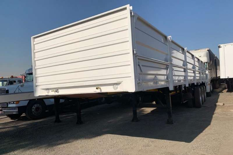 SA Truck Bodies Mass side Fully refurbished SATB Mass side Trailer Trailers