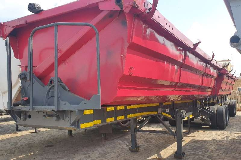 SA Truck Bodies Trailers Side tipper 2011 SA Truck Side tipper 2011