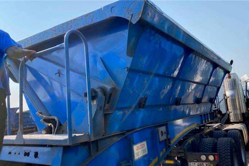 SA Truck Bodies Side tipper 25cube Interlink side Tipper Trailers Trailers
