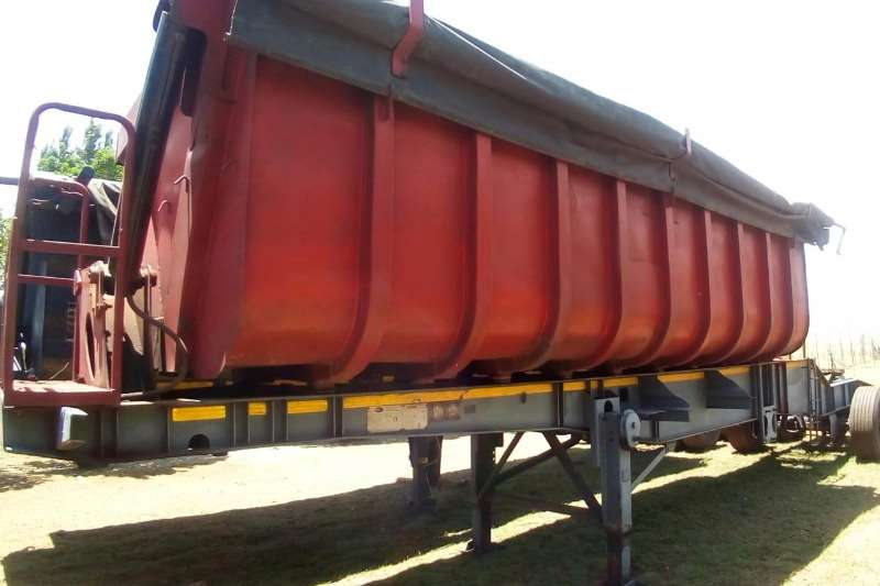 SA Truck Bodies Trailers Side tipper 45 Cube 2002