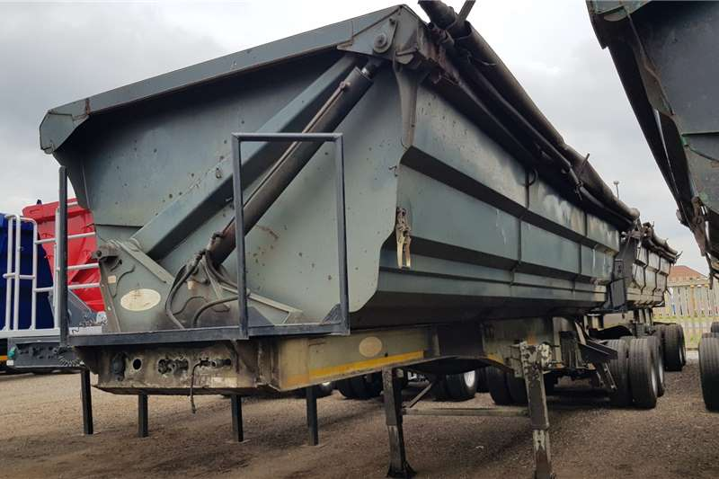 SA Truck Bodies Trailers Side tipper SATB 45cube Interlink 2011