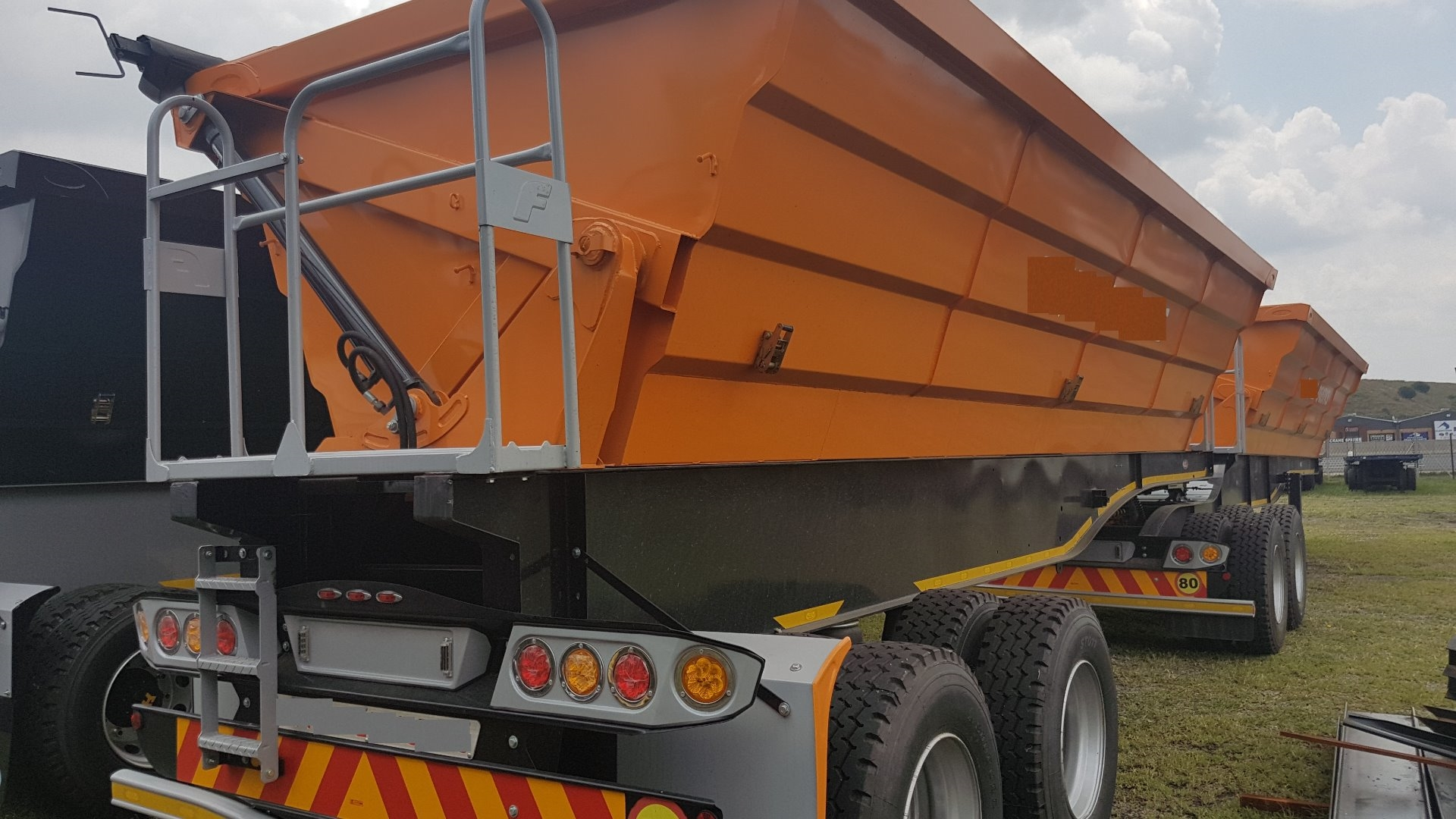 2020 Sa Truck Bodies Side Tip Link Side Tipper Trailers