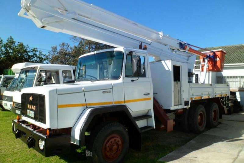 Samag 120 Live Line 6x4 Cherry Picker 17 m Dropside trucks