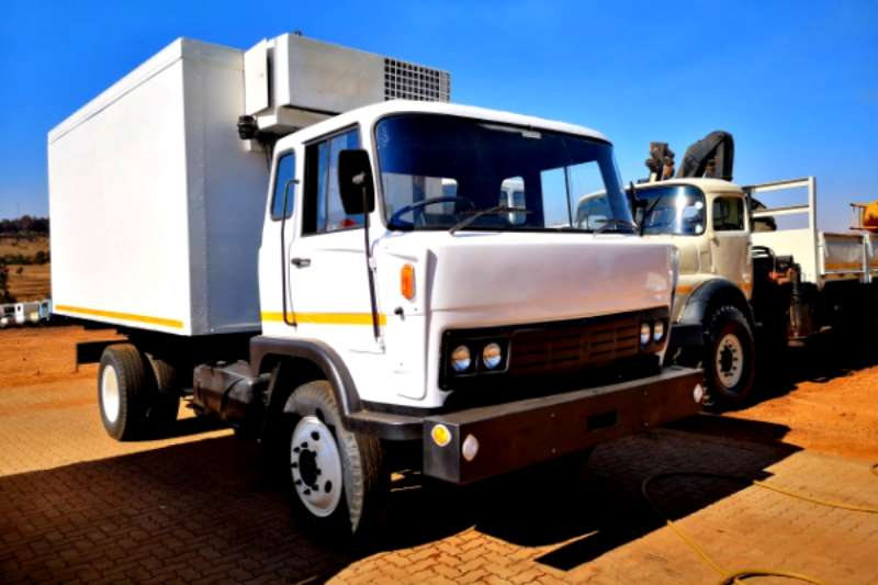 Samag Refrigerated trucks SAKom Unicab Cooler unit