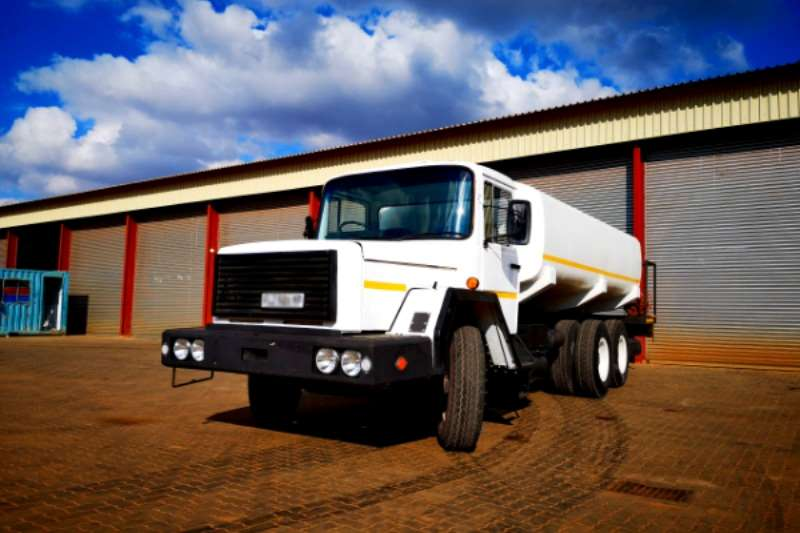 Samag Water bowser trucks Samag 120 14000L Water Tanker