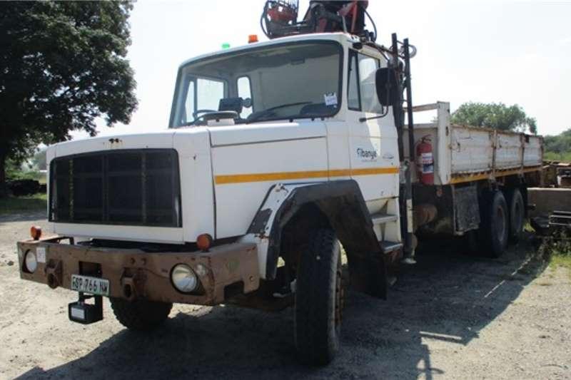 Samil Crane trucks Samil SMG120L, 6x4, Air Cooled Dropside Crane Truc