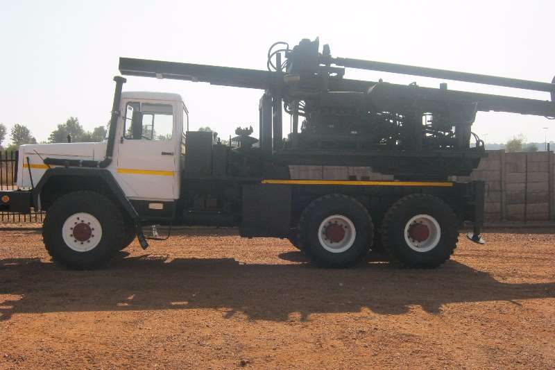 Samil Truck Samil 100 6x6 Deutz Engine & Auger Drill