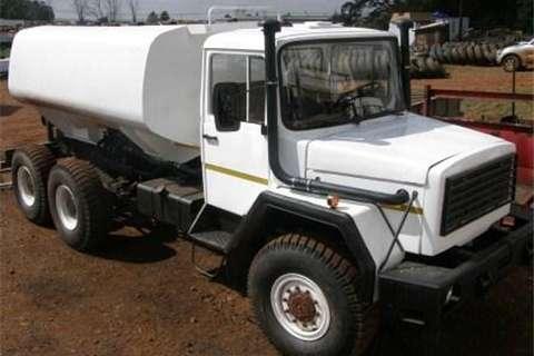 Samil Truck Samil 100 Tanker 1995