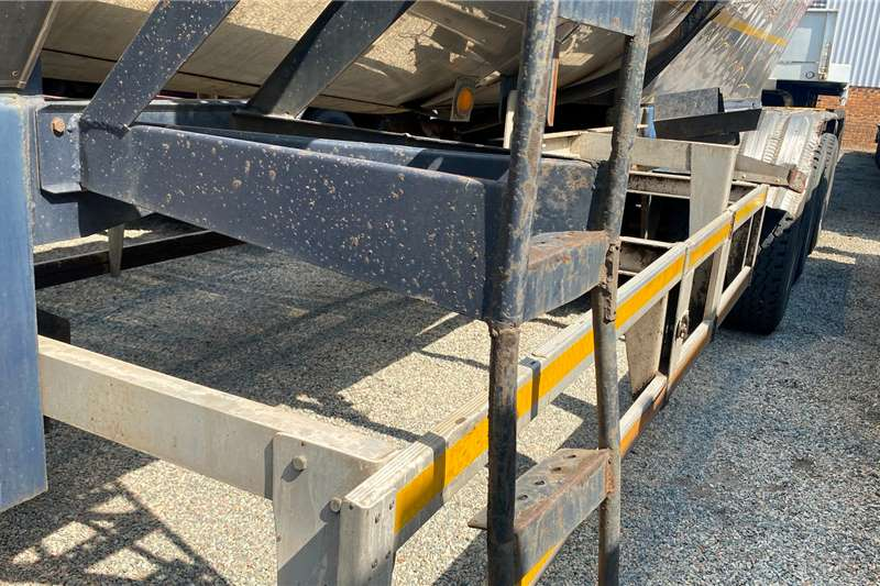 Samtor HFO   33 000L Mild Steel Cladded Well Maintained Trailers