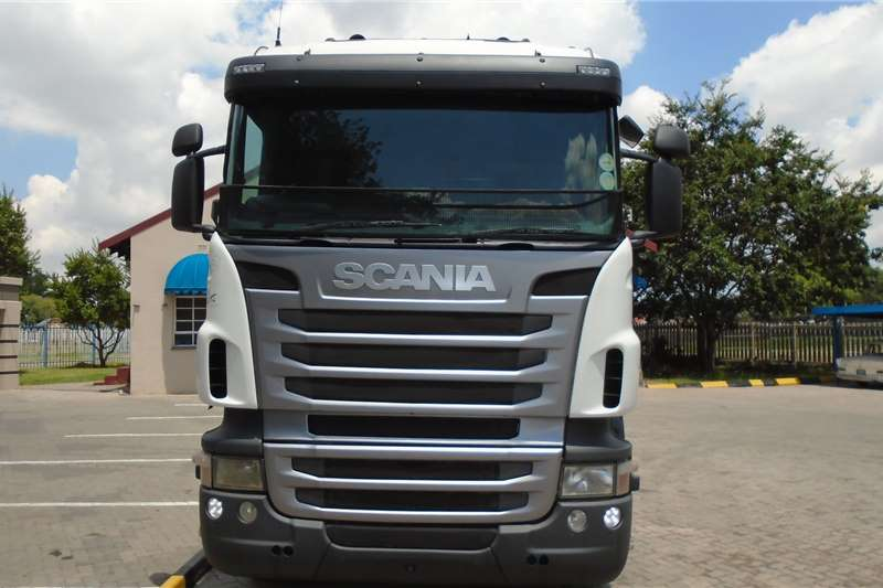 Scania Double axle Scania R410 Truck-Tractor