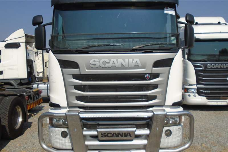Scania Double axle G 460 Truck tractors