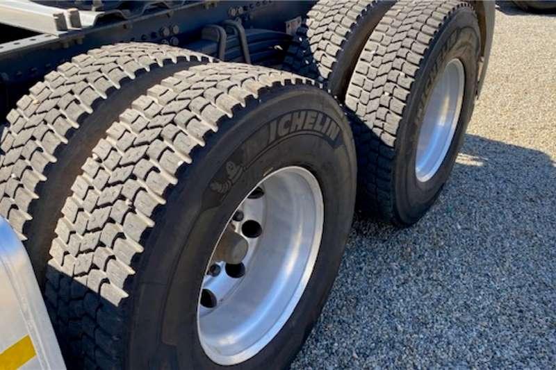 Scania Double axle R460 6x4 T/T Truck tractors