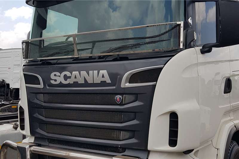 Scania Double axle R500 Excellent Condition Truck tractors