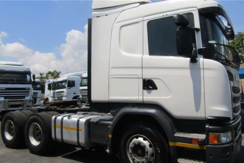 Scania Double axle SCANIA G460 (6X4) Truck tractors