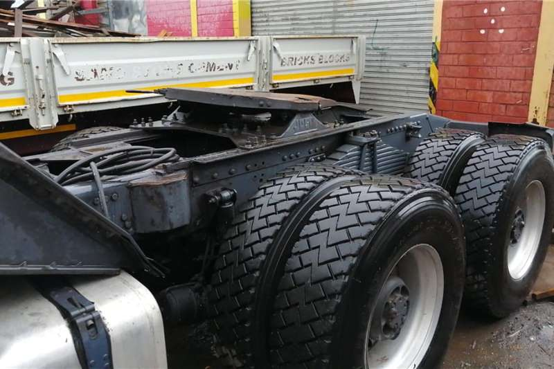 Scania Double axle Scania G580 Truck tractors