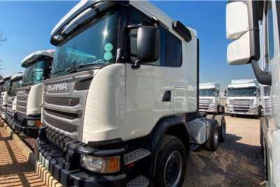 Scania Double axle SCANIA P410 6X4 T/T Truck tractors