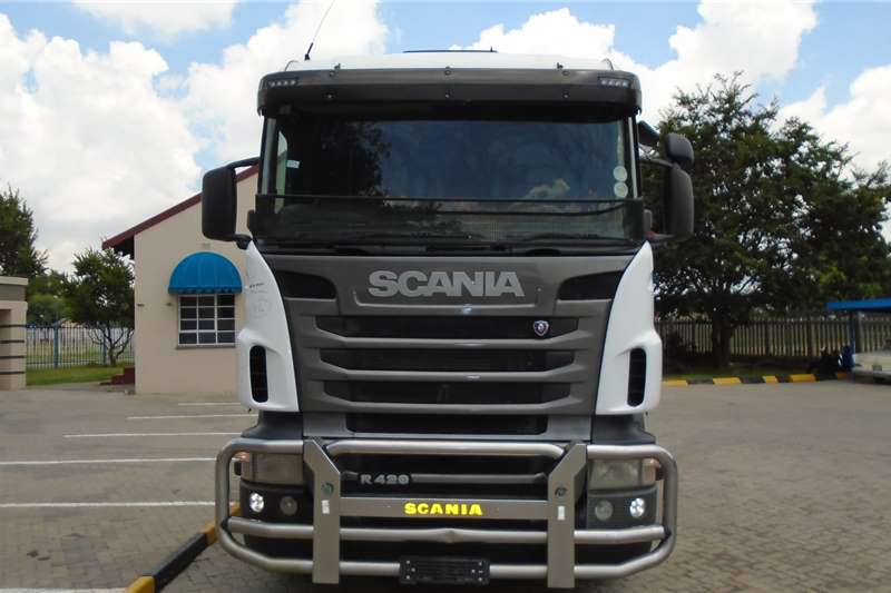 Scania Truck tractors Double axle Scania R420 2011