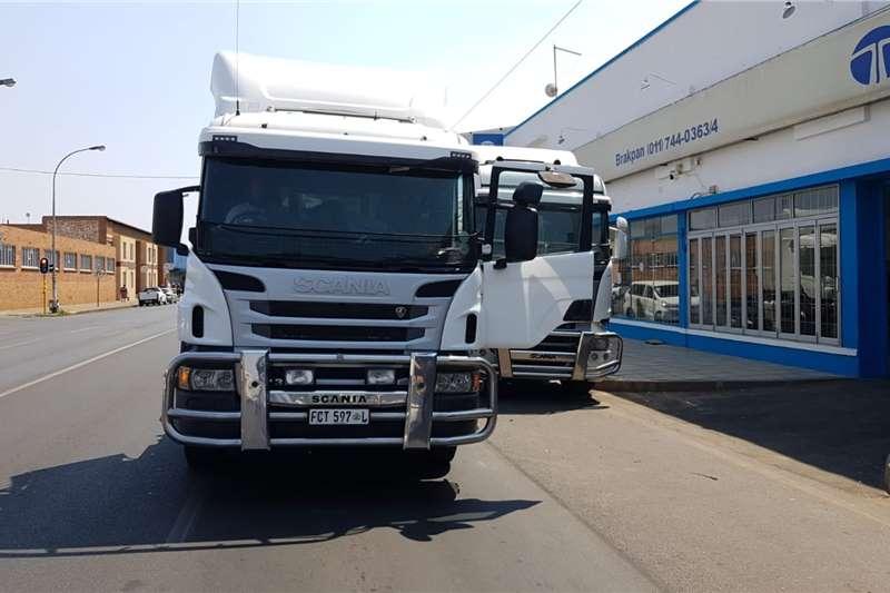 Scania P360 6X2 Truck tractors